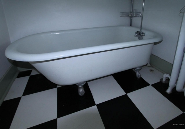 Alluring Antique Clawfoot Tub For Sale Antique Clawfoot Tub Feet Best Clawfoot Tub Designs Come Home