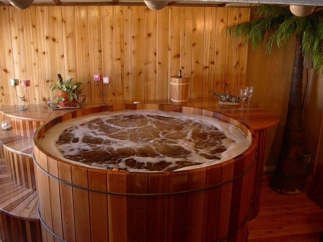 Gorgeous Cedar Soaking Tub Round Western Red Cedar Hot Tubs Roberts Hot Tubs