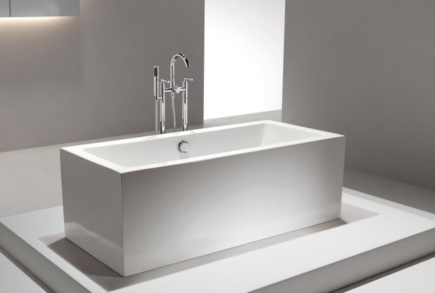 Picture of 60 Freestanding Soaking Tub Italio Iii Acrylic Freestanding Soaking Bathtub 71