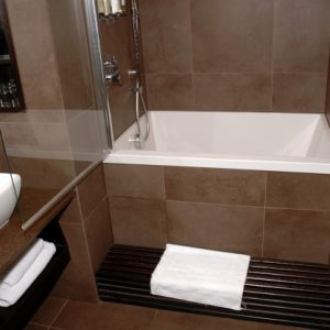 Soaking Tub For Small Bathroom