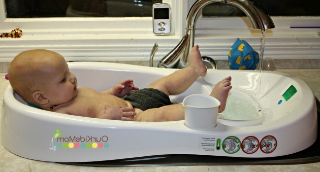 Wonderful 4Moms Baby Bathtub Holiday Gift Guide 2013 4moms Infant Bathtub