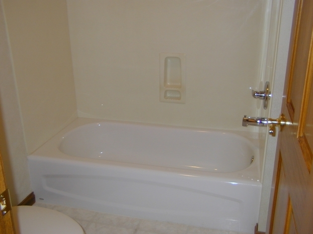Awesome Lowes Bathtubs And Shower Combo Bathroom Choose Your Best Standard Bathtub Size And Type Will Fit