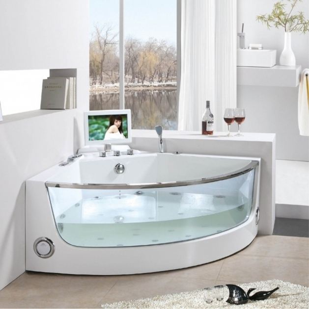 Beautiful Deep Soak Tub Deep Soaking Tub 8 Soaker Tubs Designed For Small Bathrooms Small