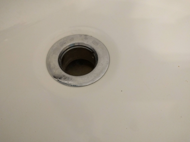 Fantastic How To Remove A Bathtub Drain How Can I Remove This Bathtub Drain Home Improvement Stack Exchange