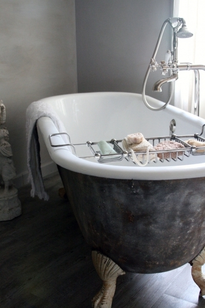 Fascinating Old Clawfoot Tub Bathroom Gorgeous Clawfoot Bathtub For Luxury Bathroom Idea