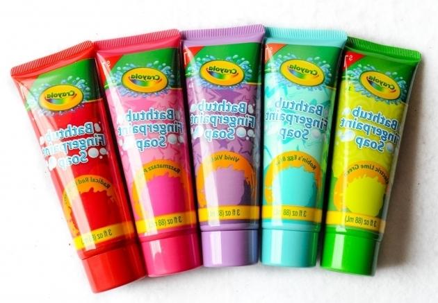 Marvelous Crayola Bathtub Fingerpaint Soap Crayola Bathtub Fingerpaint Soap And Crayola Body Wash Pens