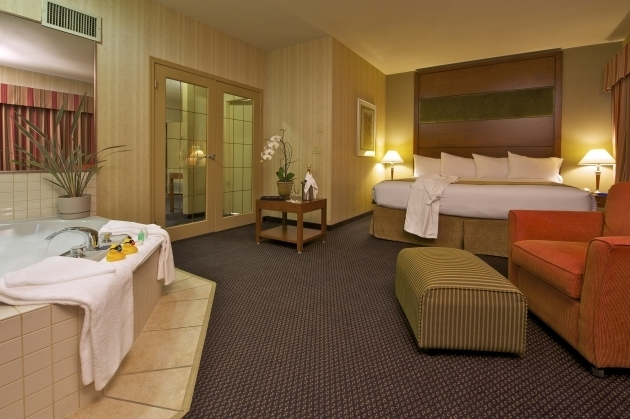 Marvelous Hotels With Whirlpool Tubs In Room Jacuzzi Suite Rooms And Services Pinterest Jacuzzi