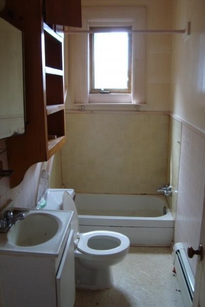 Wonderful 4 Ft Bathtub Dsc027021