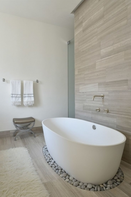 Awesome Deep Bathtubs For Small Bathrooms 25 Best Deep Bathtub Ideas On Pinterest Walk In Tubs Bathtub