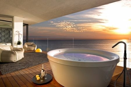 Hotels With Whirlpool Tubs