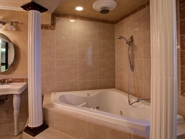 Awesome Whirlpool Tub With Shower Whirlpool Tub Shower Combo Best Shower