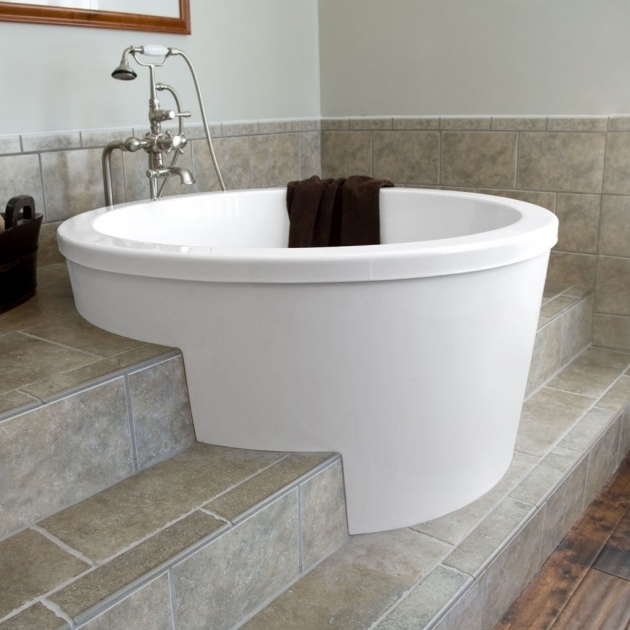 small deep soaking tub bathtub designs