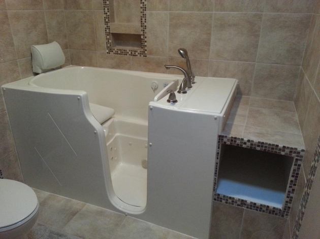 Gorgeous Jacuzzi Walk In Whirlpool Tubs Walk In Tub Reviews And Comparisons