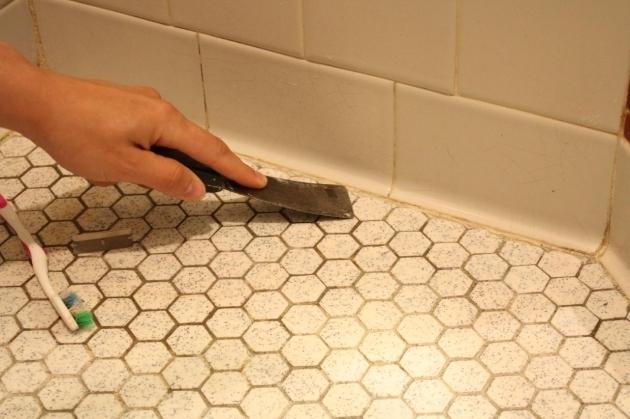 Incredible Caulking A Bathtub Learn How To Re Caulk Your Bathroom How Tos Diy