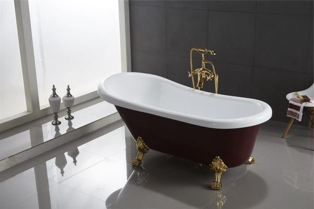 Stunning Classic Clawfoot Tubs Classic Clawfoot Tub W Regal Brass Lion Feet Gold Telephone