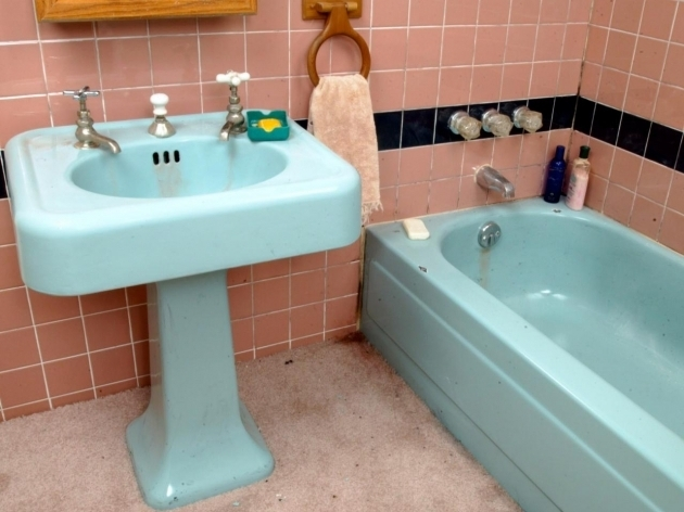 Stylish How To Paint A Bathtub Tips From The Pros On Painting Bathtubs And Tile Diy