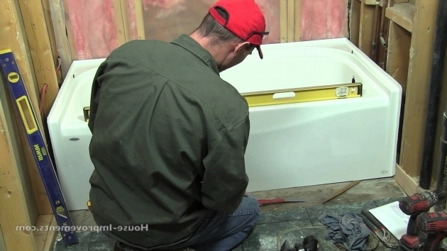 Amazing Installing A New Bathtub How To Install A Bath Tub Youtube