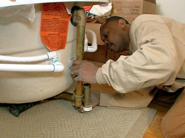 Alluring How To Install A Whirlpool Tub How To Install A Whirlpool Bathtub How Tos Diy