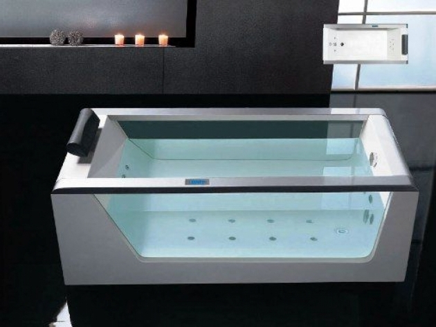 Alluring Small Whirlpool Tub Small Jetted Tub Whirlpool Tub Dimensions Small Jacuzzi Tub