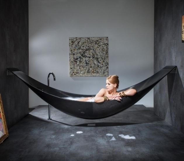 Fascinating Bathtub Wars The Hammock Bathtub Homes And Hues