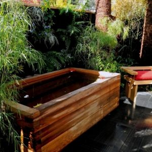 Outdoor Japanese Soaking Tub
