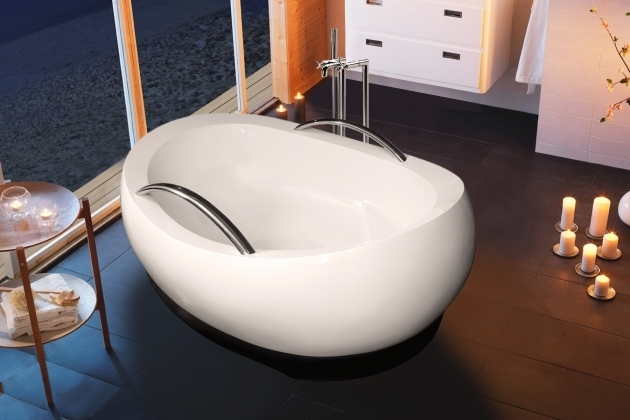 Stunning Oversized Bathtub Aquatica Admireme Wht Freestanding Light Weight Stone Bathtub