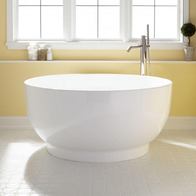 Stylish Soak Tubs 51 Kaimu Acrylic Japanese Soaking Tub Acrylics Towels And