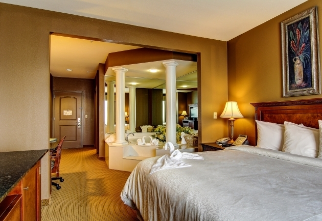 Gorgeous Hotels With Whirlpool Tubs In Room Wildwood Accommodations The Wildwood Hotel Missouri