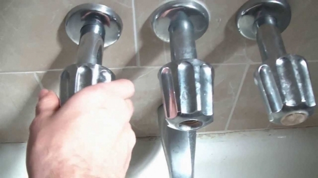 Image of How To Replace A Bathtub Faucet How To Fix A Leaking Bathtub Faucet Quick And Easy Youtube