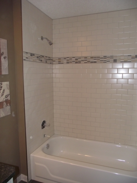 Incredible Bathtub Floor Trim Main Bathroom White Subway Tile Tub Surround Offset Pattern