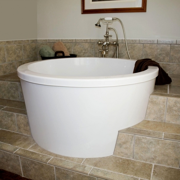 Deep bathtubs for
