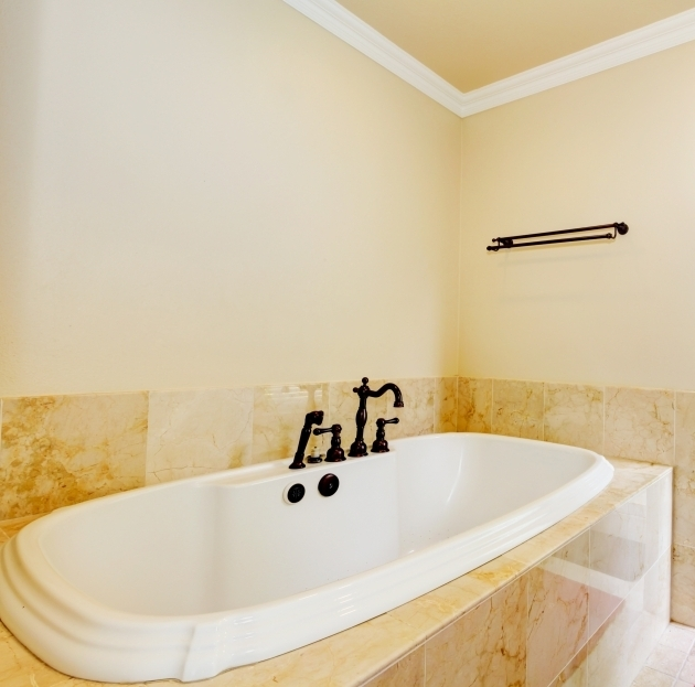 Replacement bathtubs bathtub designs for Bathtub replacement liner