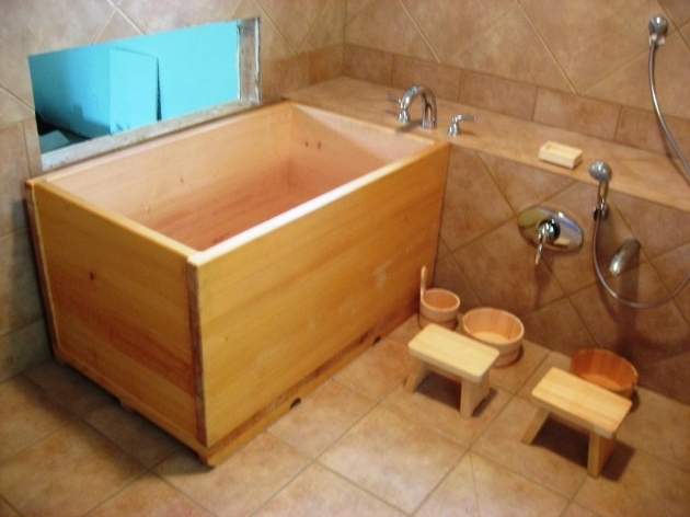 Wooden soaking tub bathtub designs for Japanese tubs for sale