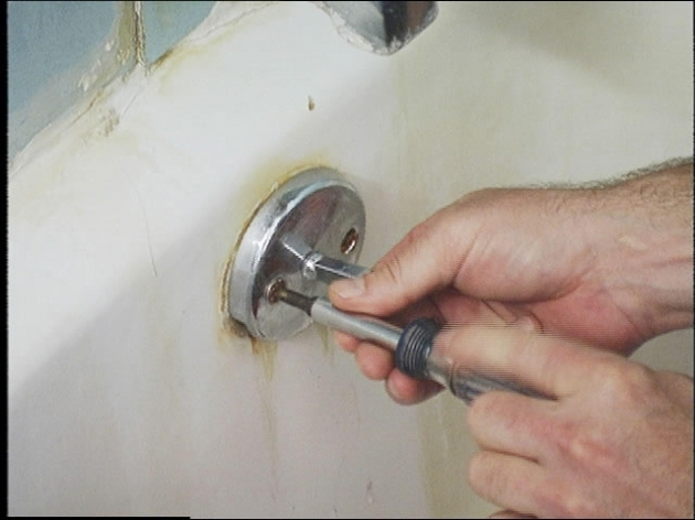 Fascinating Diy Bathtub Stopper How To Unclog A Bathtub Using The Trip Lever How Tos Diy