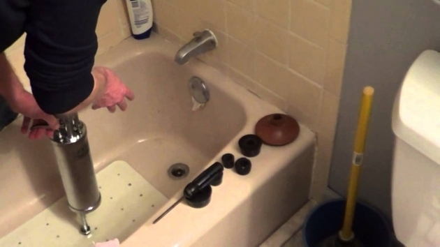 Incredible Bathtub Won T Drain At All How To Unclog A Shower Drain How To Unlcog A Bathtub Drain Youtube
