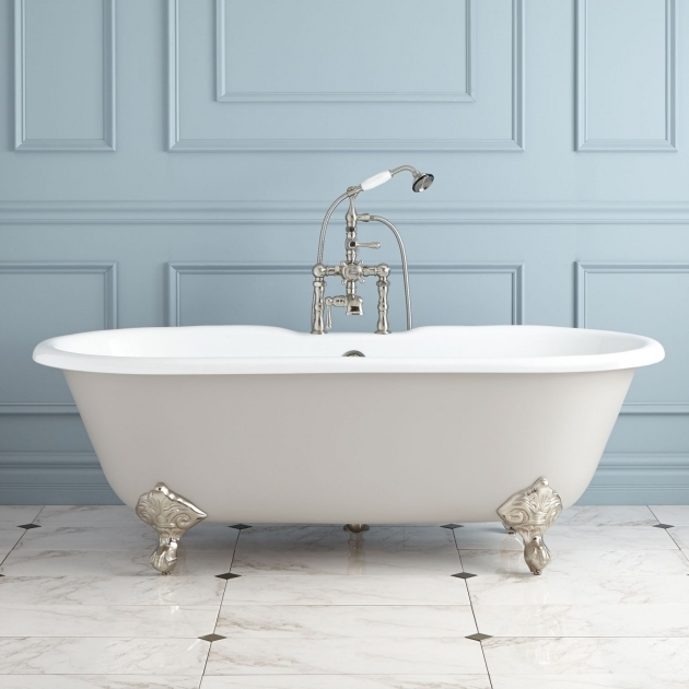 20+ Traditional Style Cast Iron Clawfoot Bathtubs - Wainscot ...