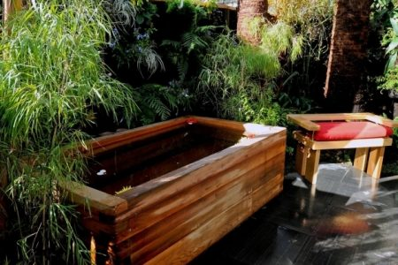 Japanese Soaking Tubs For Small Bathrooms Bathtub Designs - Outdoor japanese soaking tub