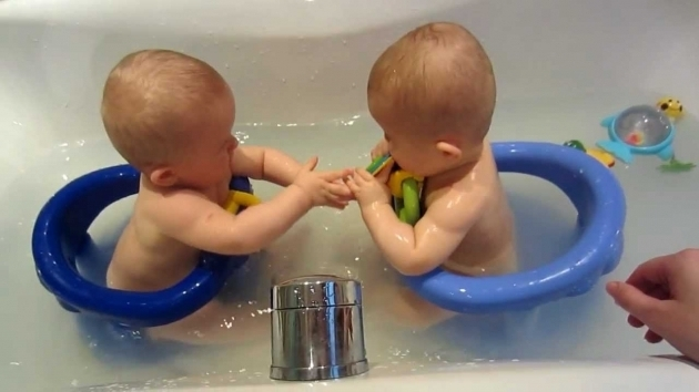 Marvelous Bath Seat For Baby Maddie And Ollie In Safety1st Swivel Bath Seats For The First Time