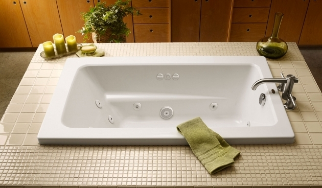 Fascinating Whirlpool Tub Vs Jacuzzi Primo Rectangle Bath Jacuzzi Baths